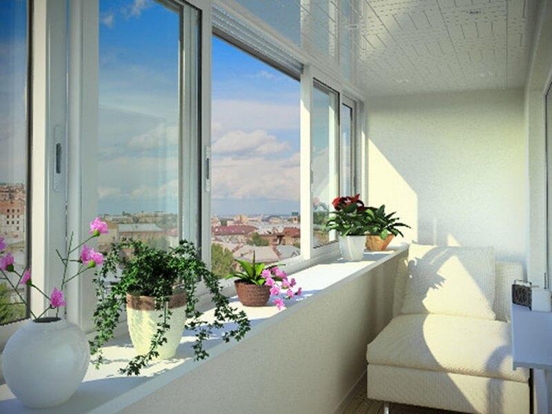 Дизайн балкона с раздвижными окнами