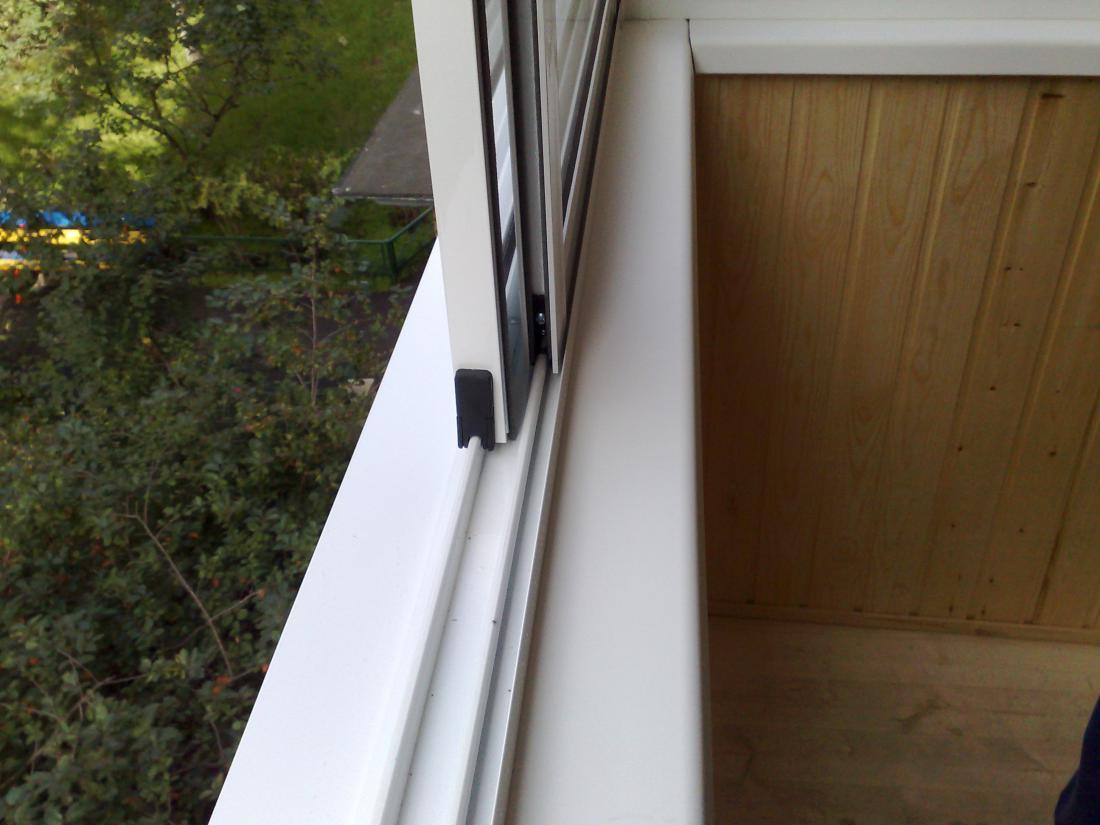 Раздвижные окна на балкон.