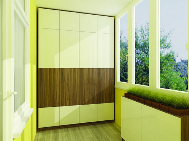 Шкаф на балкон из металлопластика