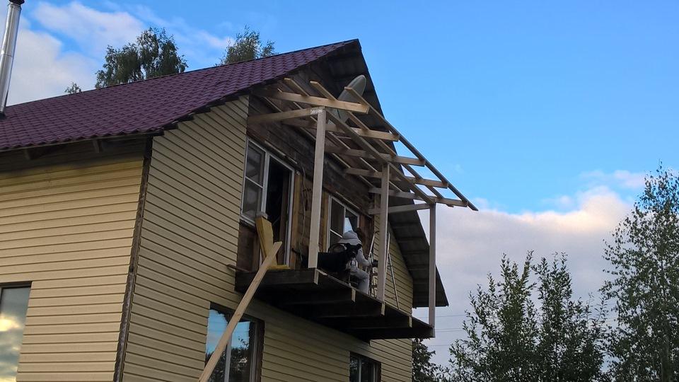балконы в частных домах фото
