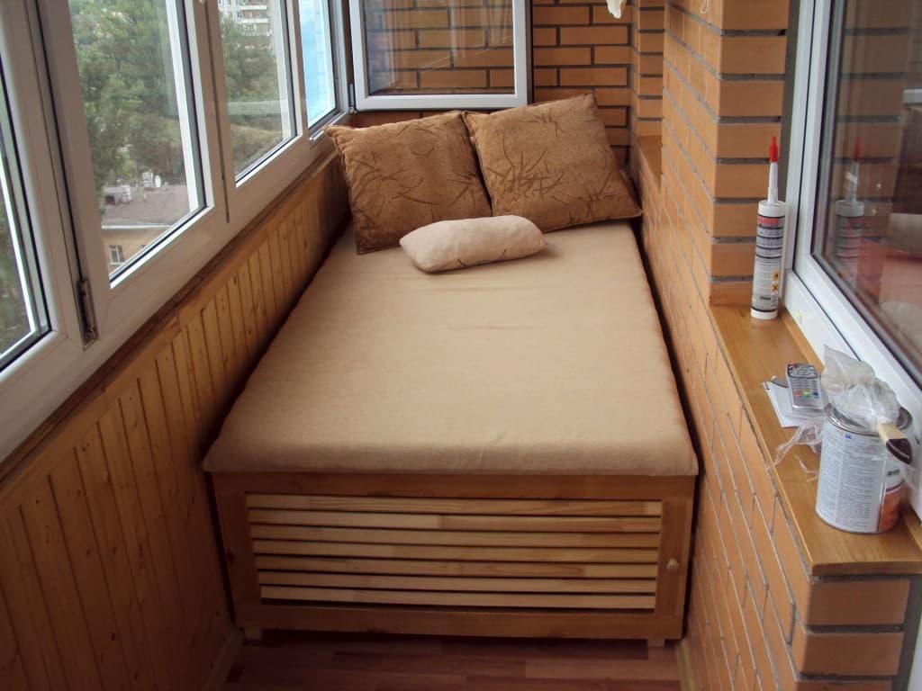 Балконная спальня