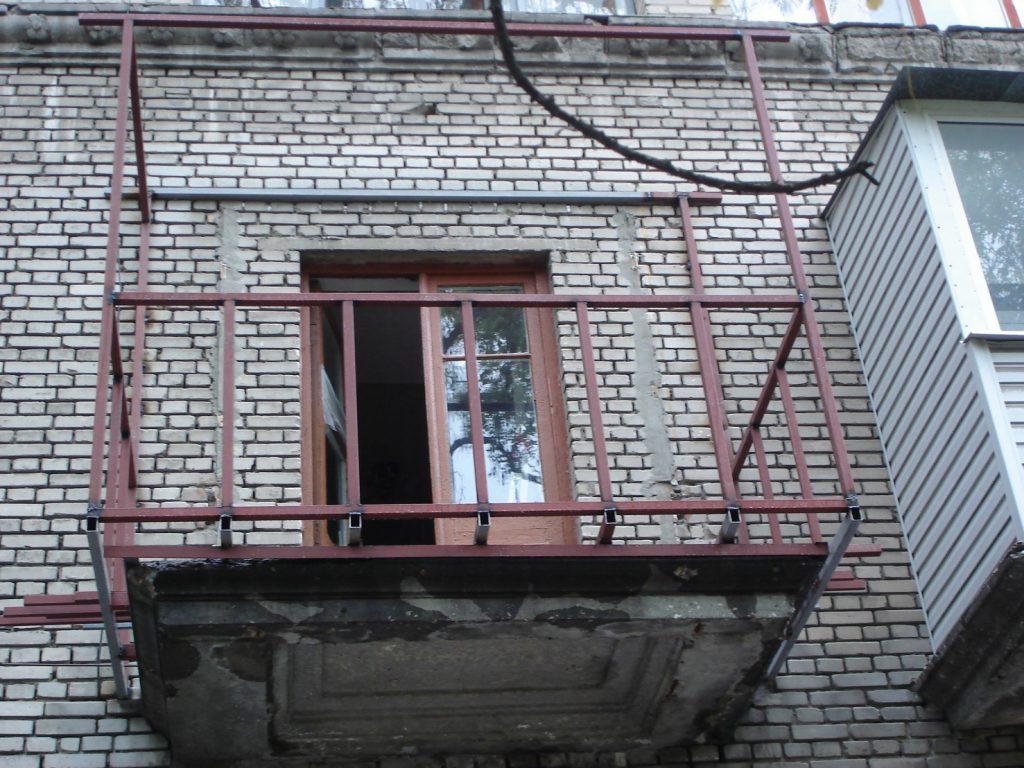 Какой вес выдерживает балкон в панельном доме.